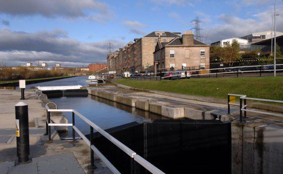 Glasgow canal, North Glasgow